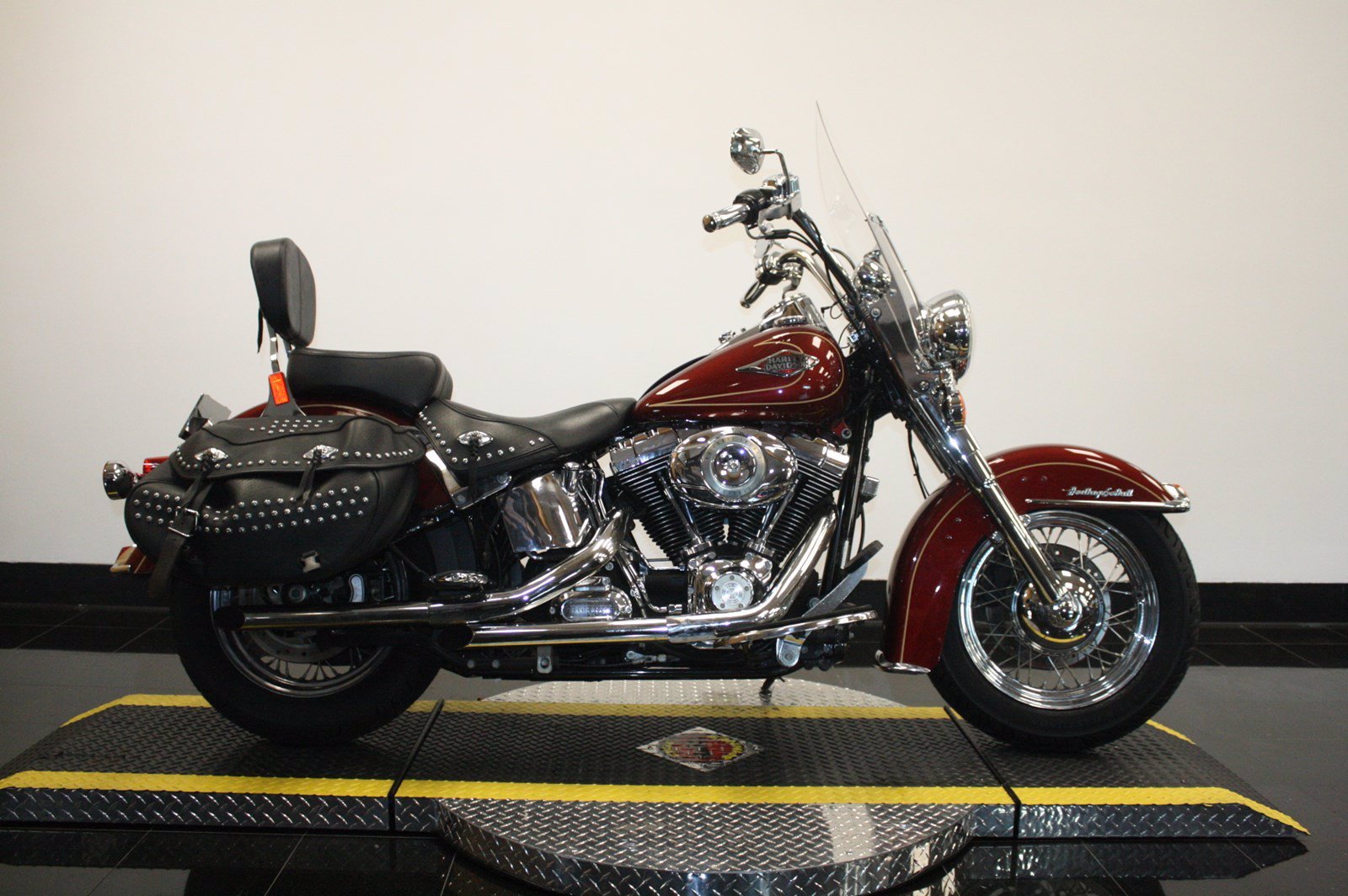 Pre-Owned 2009 Harley-Davidson Softail Heritage Classic FLSTC