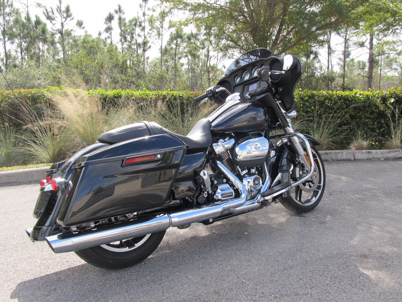 Pre-Owned 2019 Harley-Davidson Street Glide FLHX Touring ...