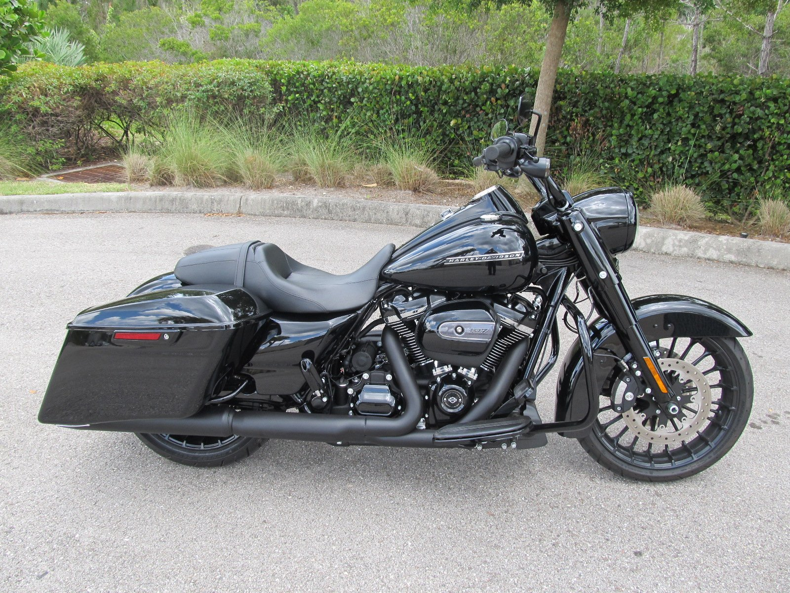 Pre-Owned 2018 Harley-Davidson Road King Special FLHRXS