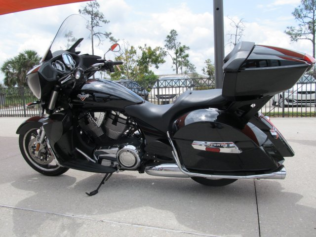 Pre-Owned 2016 Victory Cross Country
