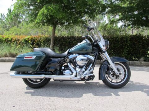 Pre-Owned 2016 Harley-Davidson Road King Police FLHP