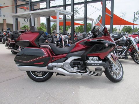 Pre-Owned 2018 Honda Gold wing